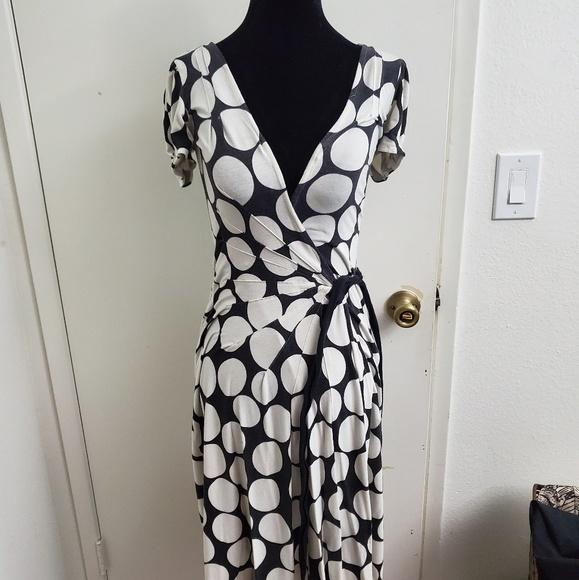 Diane Von Furstenberg Dresses & Skirts - Diane Von Furstenberg Polka Dot Wrap Dress Size 2
